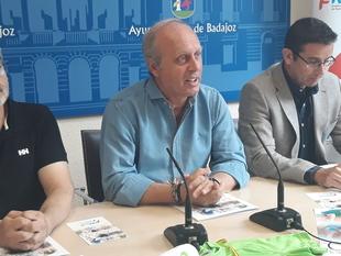 De la Calle se despide como concejal de Deportes y destaca la Piscina de la Margen Derecha como la inversión más ''ambiciosa'' de esta legislatura