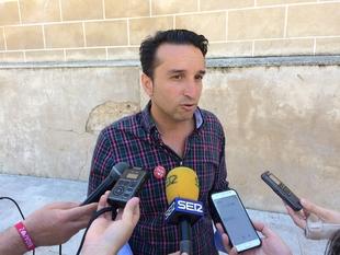 Cabezas afirma que Fragoso ha dejado sin cumplir el 70% del programa electoral