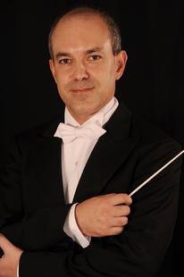 David Hernando dirige a la OEX en un concierto de bandas sonoras en el 25º Festival Ibérico de Cine