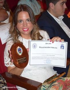 La redactora de BadajozDirecto, Rebeca Porras, galardonada por la Policía Local