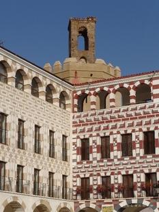 El Ayuntamiento formará a los profesionales del sector hotelero en historia, monumentos y patrimonio histórico de Badajoz