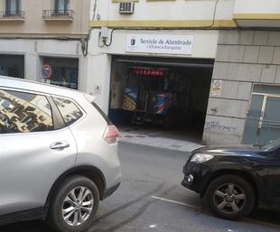 El PSOE critica que a un artefacto se le haya permitido estacionar en dependencias municipales de Alumbrado