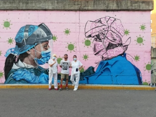 Alejandro Pajuelo realiza un asombroso graffiti en Badajoz