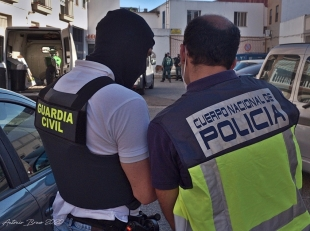 Desarticulada una organización delictiva dedicada al cultivo y tráfico de drogas en Badajoz