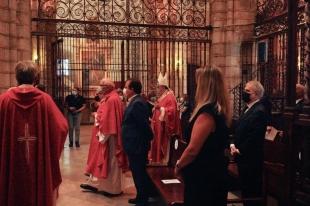 Vara y Fragoso participaron en el funeral por las víctimas del COVID-19