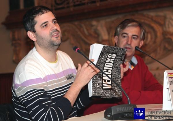 Presentado un libro y documental con 107 testimonios de represaliados españoles