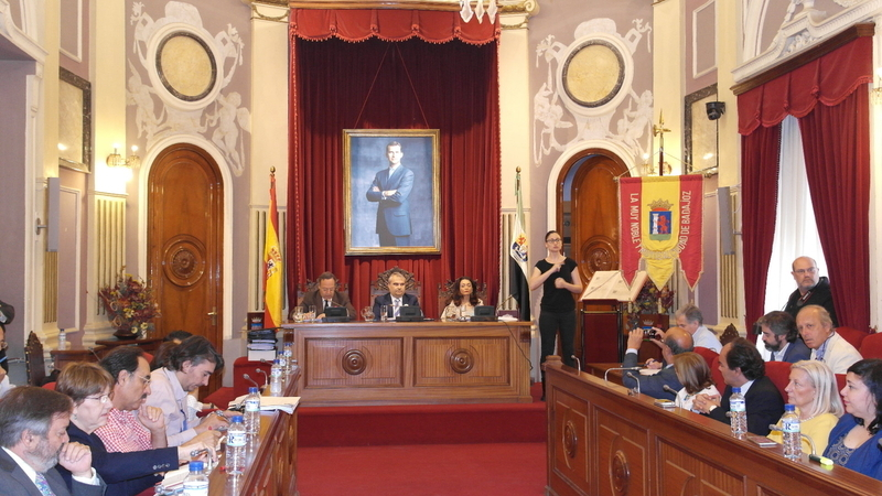 El Pleno del Ayuntamiento aprueba una moción para dedicar parques de nuestra ciudad a mujeres destacadas