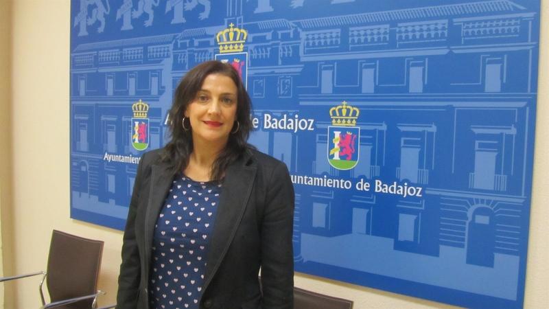 El PSOE de Badajoz lamenta que vecinos de algunos barrios tienen que trasladarse al centro para pedir ayuda asistencial