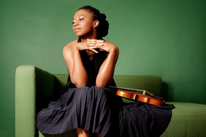 La violinista estadounidense Tai Murray ofrece un recital de violín este martes en la Diputación