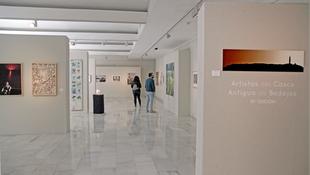 La muestra 'Artistas del Casco Antiguo' de Badajoz se puede ver hasta este sábado en la Sala Vaquero Poblador