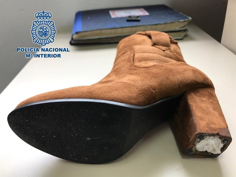 Detenida cuando intentaba introducir droga escondida en el tacón de su bota en la prisión de Badajoz