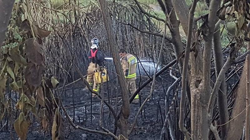 Siete heridos leves en el incendio en la zona de la antigua ermita de la Ronda Norte