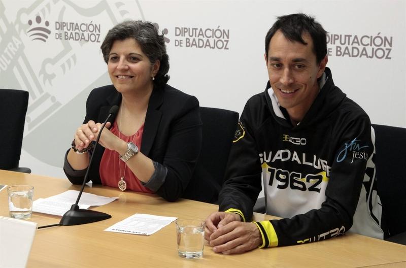 La prueba atlética solidaria 'III San Romilla' se disputa este domingo en el barrio de San Roque de Badajoz