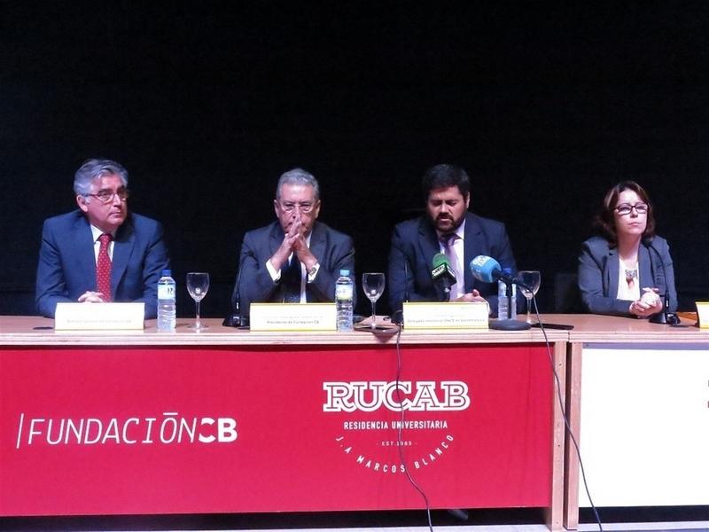 La Fundación Caja Badajoz y la ONCE firman un convenio para realizar actividades sociales, culturales y educativas