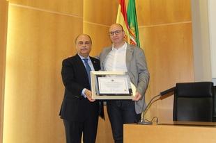 El Colegio de Médicos de Badajoz conmemora los diez años de la Unidad de Trasplante Hepático de Extremadura