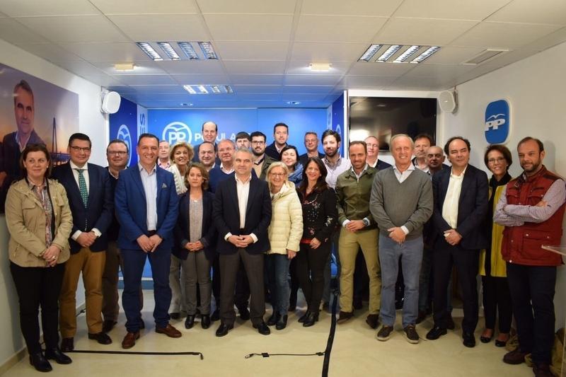 Fragoso presenta su precandidatura a la reelección al frente del PP de Badajoz con el apoyo de 1.374 avales