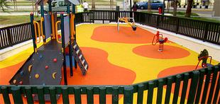 El Ayuntamiento destinará 13.000 euros para el mantenimiento de distintos juegos infantiles y otros edificios