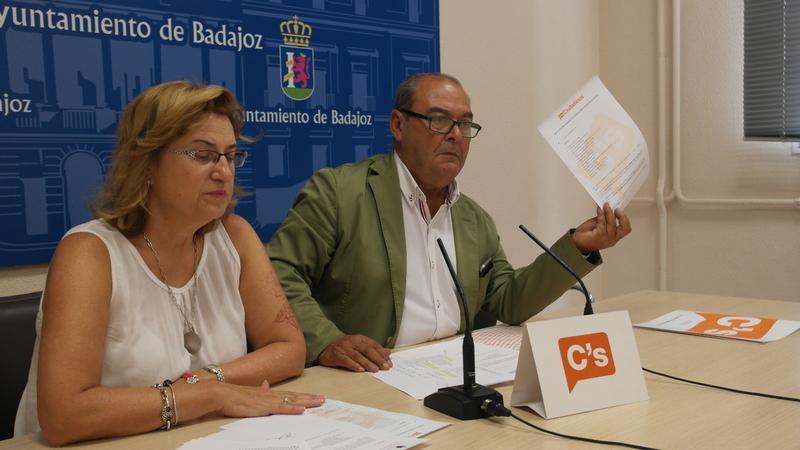 Ciudadanos comunica la baja a Luis García Borruel y le pide que ''devuelva su acta de concejal'' en Badajoz