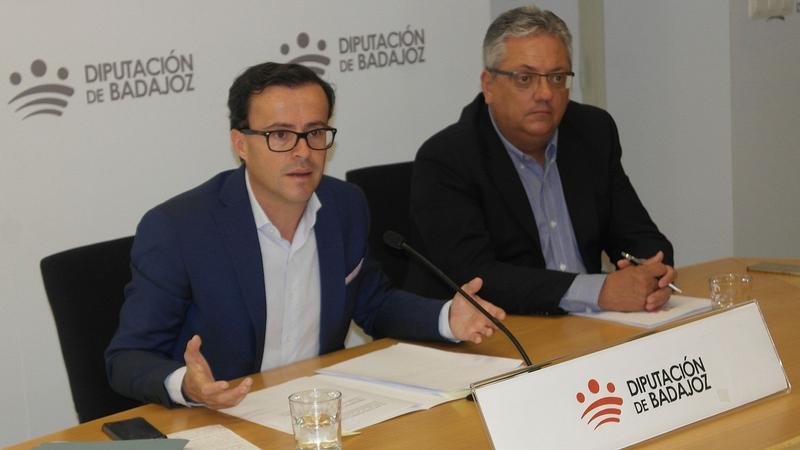 Gallardo aclara que la contratación del hermano de Pedro Sánchez se ha hecho ''bajo los principios de igualdad, mérito y capacidad''