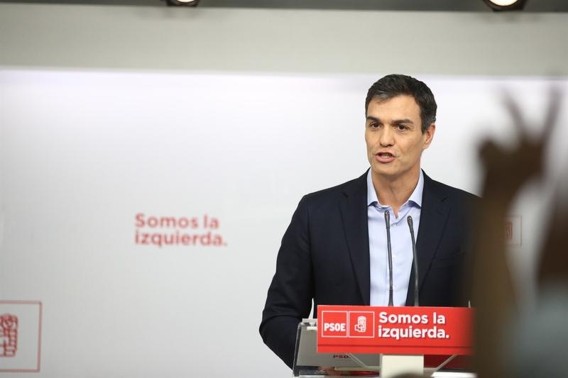 Pedro Sánchez evita pronunciarse sobre la polémica generada en torno al puesto de su hermano en la Diputación de Badajoz