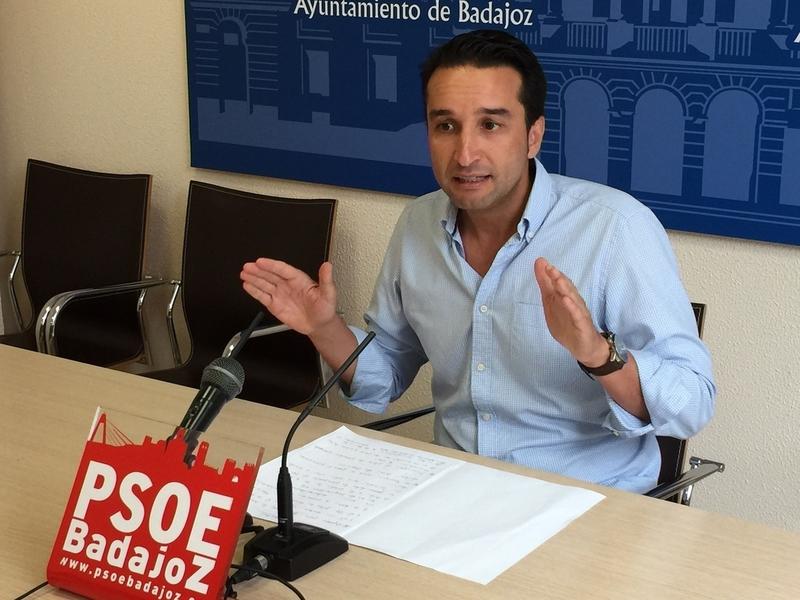 El PSOE de Badajoz critica que el gobierno local del PP tarde siete meses en realizar los presupuestos del 2017