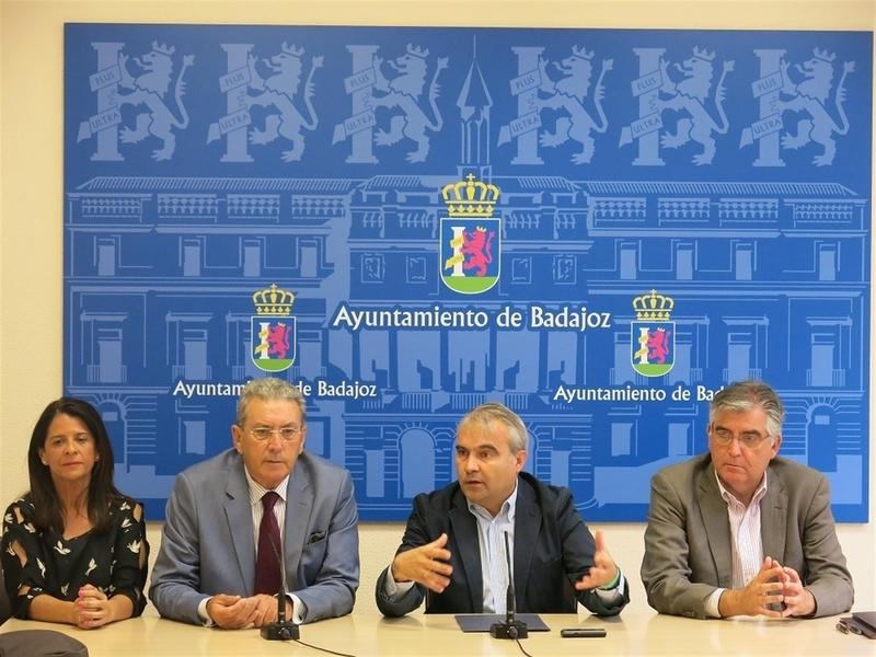 La Fundación CB y el Ayuntamiento de Badajoz firman un convenio de colaboración para actividades culturales