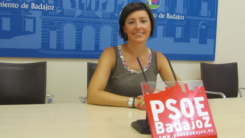 El PSOE pone tres ejemplos de la ''pereza y dejadez'' del PP que se palpa con la llegada del verano