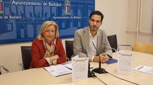 El PSOE culpa a la concejala de Servicios Sociales de colocar a su ''ahijado'' como gerente del área