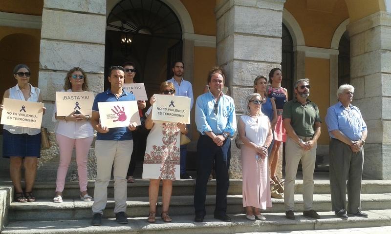 Badajoz homenajea a la última víctima de violencia de género