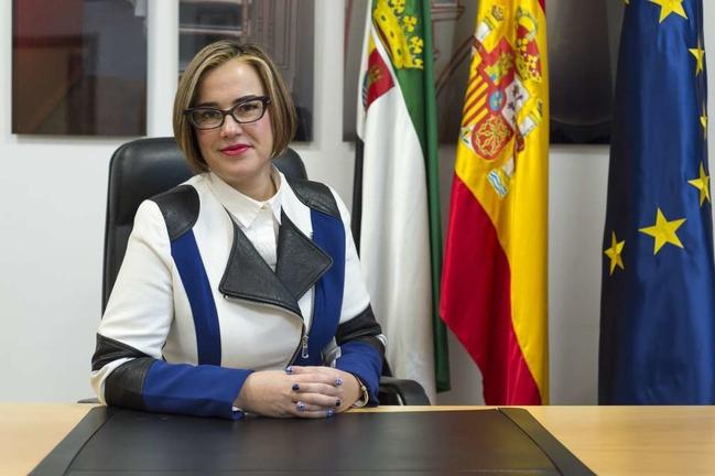 Las obras de la Plataforma Logística de Badajoz ''van por buen camino'', según la directora general regional de Urbanismo