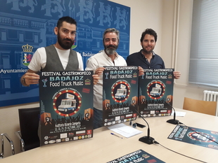 El 'Badajoz Food Truck Music' se instala en el auditorio Ricardo Carapeto