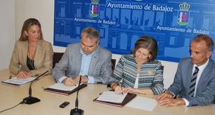 La Institución Ferial de Badajoz e Ibercaja firman un Convenio de Colaboración