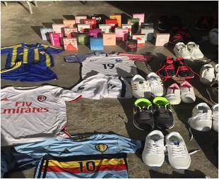 Intervenidas en Badajoz un centenar de perfumes, zapatillas y prendas deportivas sin documentación
