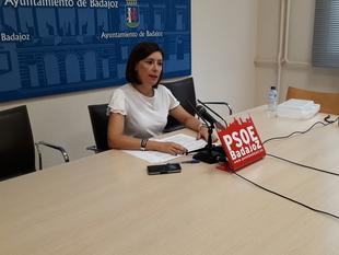 El PSOE critica lo ''descuidada'' que está la barriada de San Roque