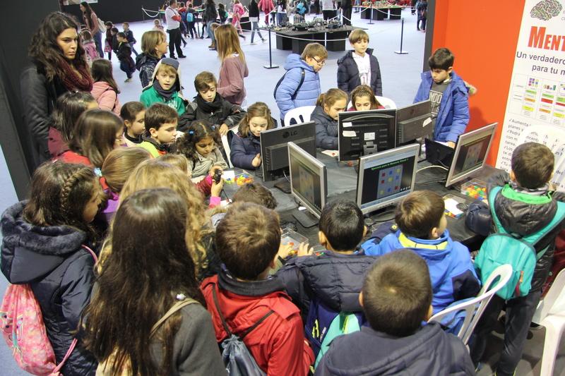 Más de 5.000 niños de nueve países y 300 profesores participarán en Badajoz en una feria de robótica