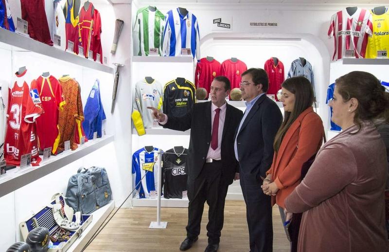 Vara considera brillante y novedosa la apertura de un nuevo Museo del Deporte en Badajoz