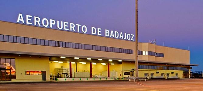 Cerca de 200 militares de la Brigada 'Extremadura XI' llegan a Badajoz tras más de ocho meses de misión en Letonia