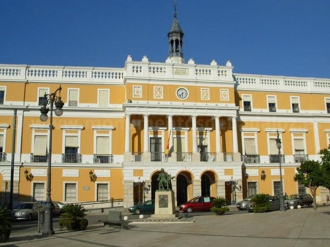 El Ayuntamiento de Badajoz abonará la subida del 1% de la carrera profesional