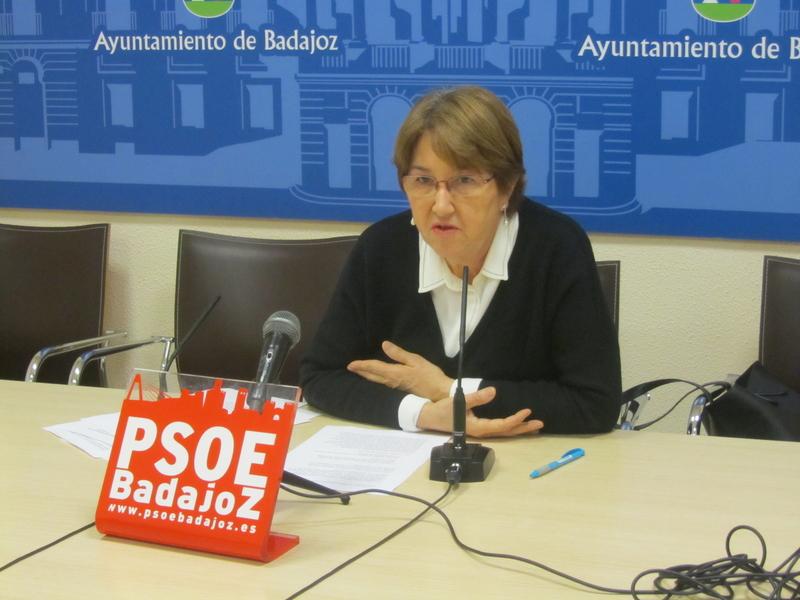 El PSOE  pide a Fragoso que reclame al Gobierno de España ''más medios'' en la lucha contra el camalote