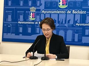 El juzgado desestima la segunda petición individual de retirar los vestigios franquistas de Badajoz