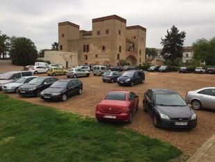 El PSOE tacha de ''clasista e improvisada'' la restricción de aparcamiento en la Alcazaba