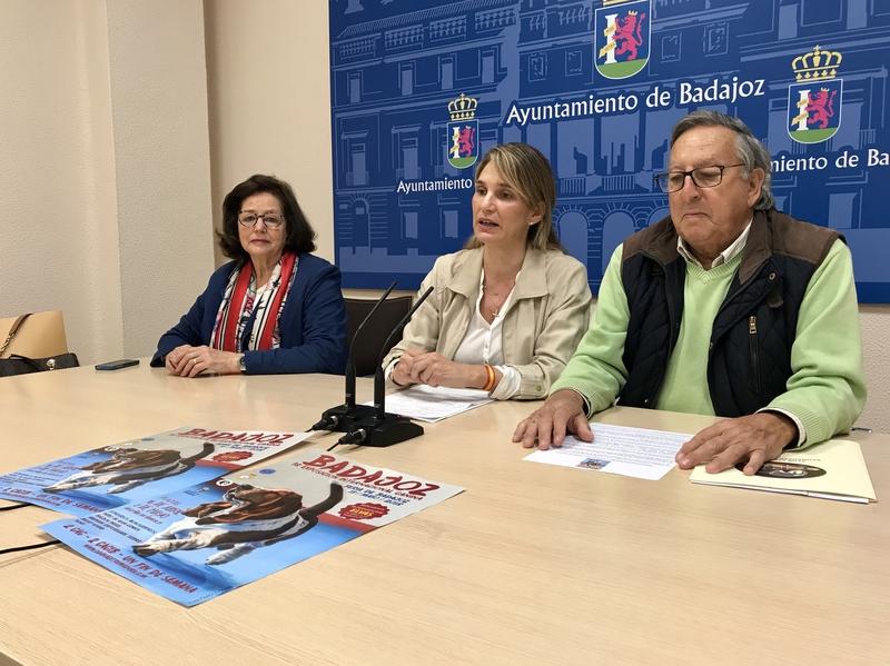 1.200 perros participarán en la 38º Exposición Internacional Canina de Badajoz