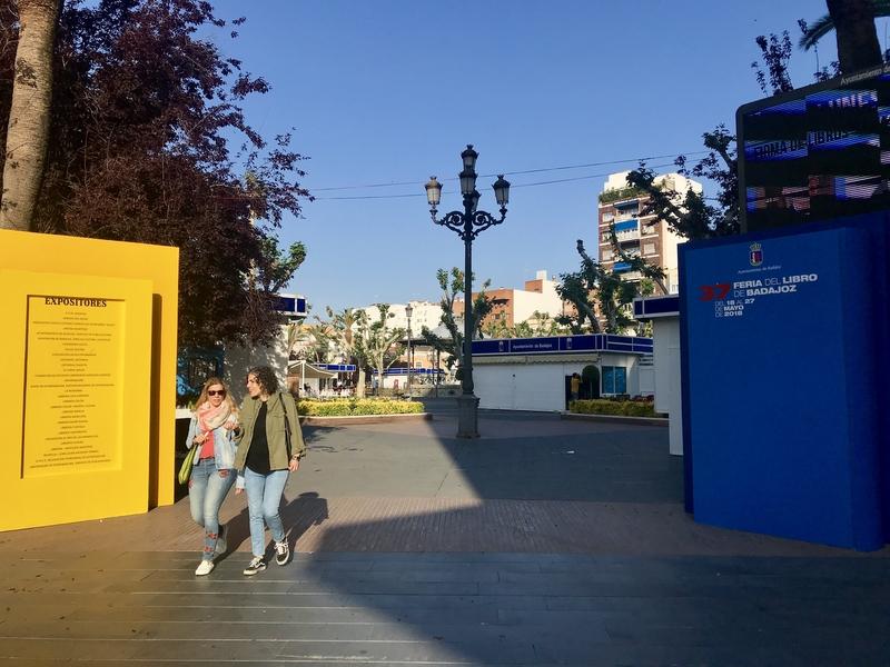 Todo listo para que comience la 37º Feria del Libro de Badajoz