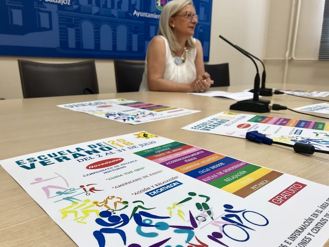 Cerca de 700 mayores se han inscrito ya en la Escuela de Verano 2018, con la que colaborará Decathlon