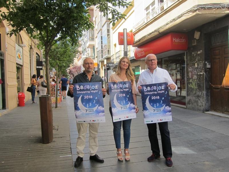 El Casco Antiguo y Menacho en Badajoz celebran una nueva Shopping