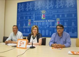 Ciudadanos Badajoz reclama centros de mayores para las barriadas de Suerte de Saavedra y Las Vaguadas