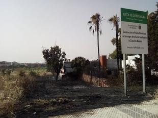 Juntos X Badajoz exige explicaciones a Fragoso por los incendios que asolan los solares sin desbrozar