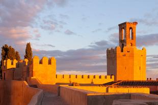 Amigos de Badajoz muestra la Alcazaba de la ciudad este jueves a través de una visita guiada nocturna