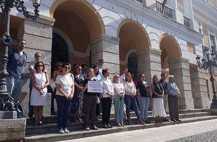 Badajoz guarda un minuto de silencio por la última víctima de violencia de género