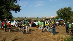 Más de 500 personas se concentraron el sábado para exigir la eliminación definitiva del camalote